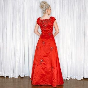 Eternity Dresses - Red Satin with Black Lace A-line Formal Prom Dress
